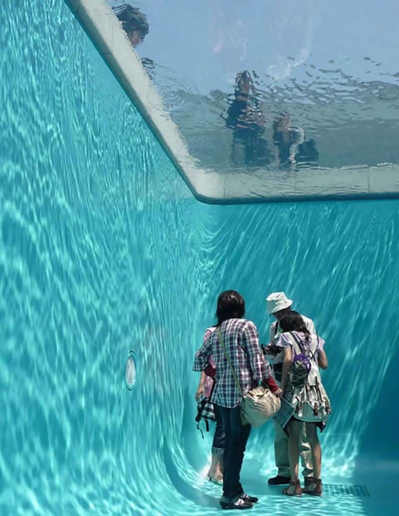 fake swimming pool (4)