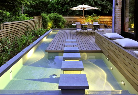 Mini spa design for small terraced houses - Mini pool terrasse ...