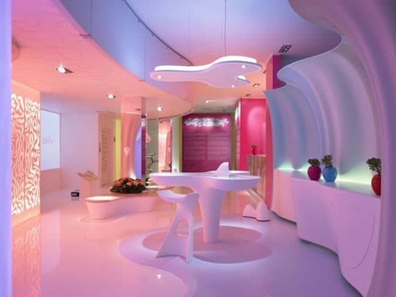 Design Dilemma: Monochromatic Rooms