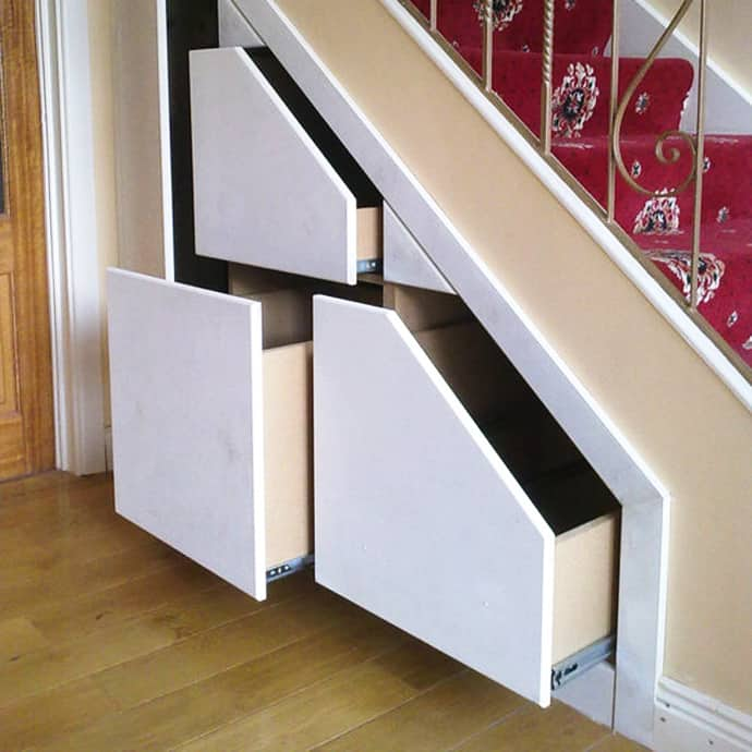 Over 30 clever under staircase storage space ideas and - Muebles bajo escalera ikea ...