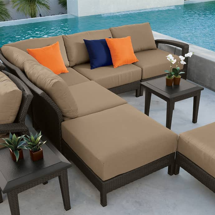 Elegant Outdoor Furniture For Stylish Terrace Design