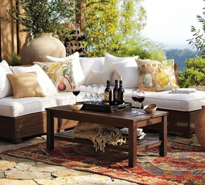 20 Outdoor Cozy Patios Perfect for Your Garden on Cozy Patio Ideas id=42687