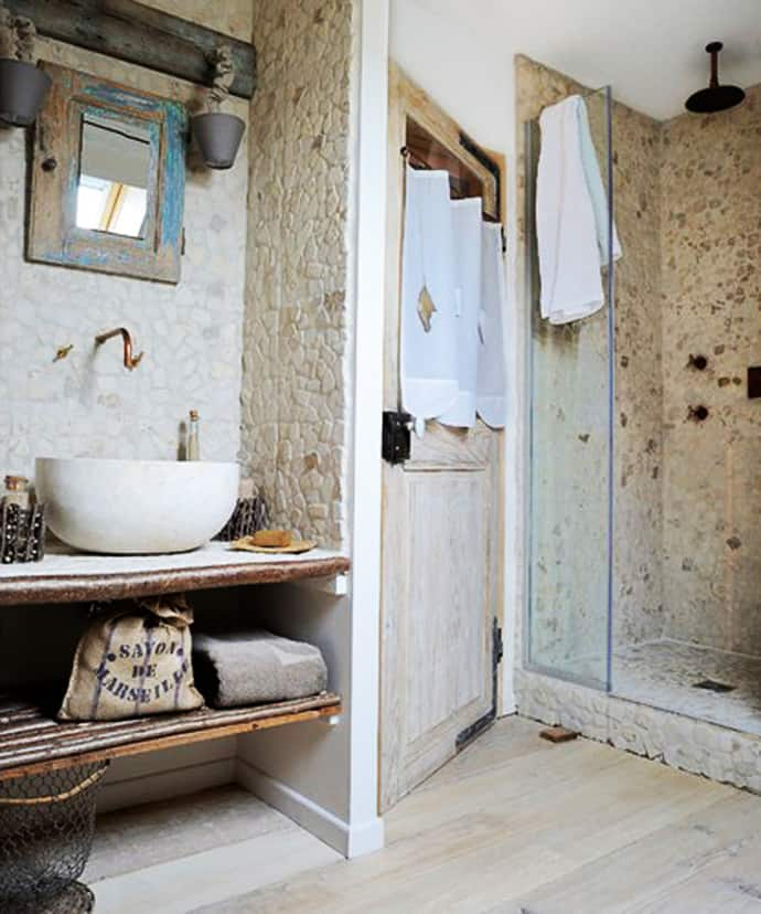 10 lovely bathroom with some rustic decor inspiration for Bathroom decor 2012