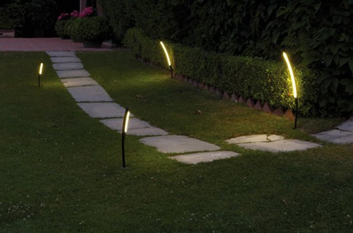 Halley For Vibia Lights Your Garden With These Unusual