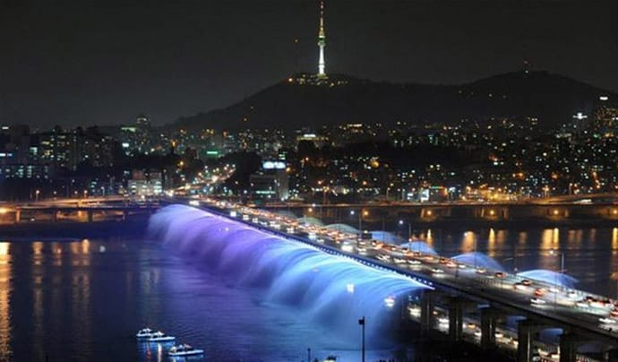 Colored Led Lights >> Seoul's Banpo Bridge – The World's Longest Bridge Rainbow Fountain