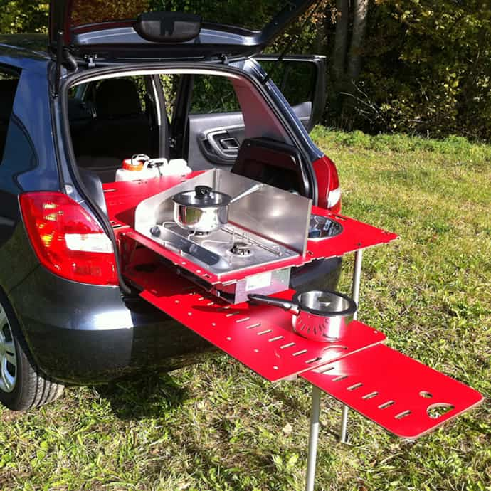 Camping Like a Boss with This Great Mini Kitchen!