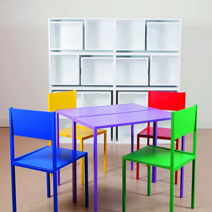 Smart Storage Solution Table And Chairs Fit On The Shelf