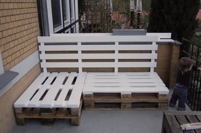 Benches. Creative Recycling Wooden Pallets Ideas To Do Right Now in Your