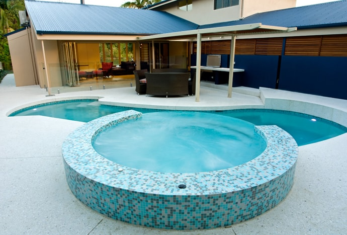 10 dream swimming pools created by 4blue pools for Z pool design