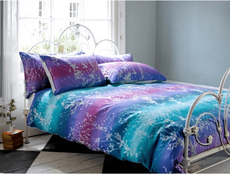 Sleep In Heaven With 30 Colorful Bed Covers