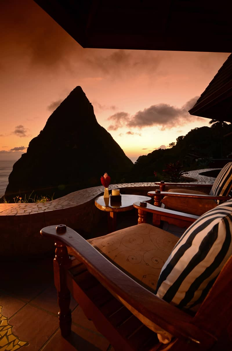 Caribbean; St.Lucia Ladera Resort Bar edge to Piton