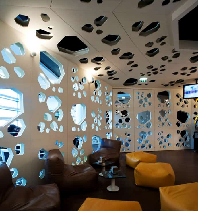 Bar And Lounge Interior Design: Coffee Grains Geometry At Meltino Bar & Lounge In Portugal