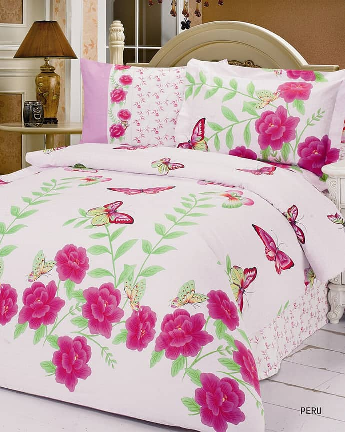 bed-cover-design-inspirations-pink-flower-accent-bed-cover-design