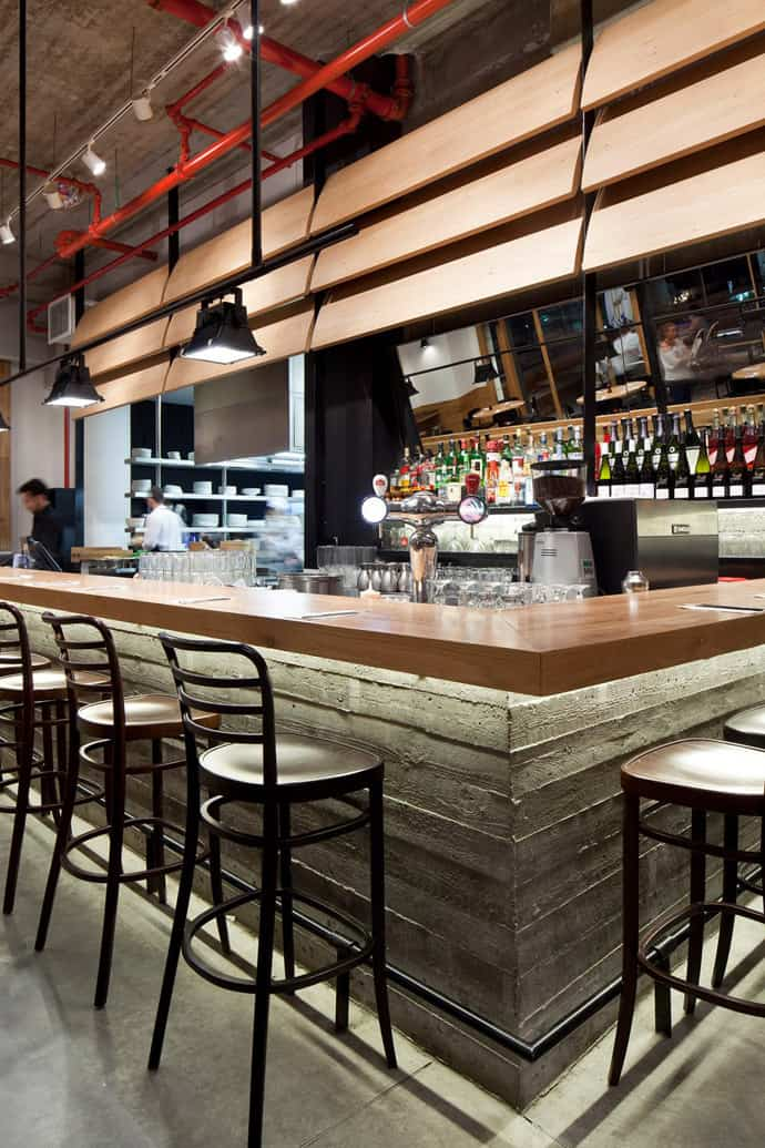 Industrial Look Wood And Concrete For Giraffe Restaurant