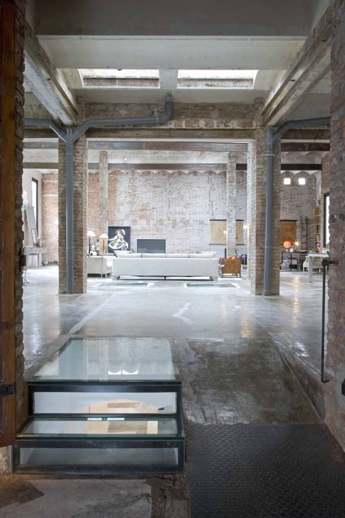 Industrial Loft From An Old Printing Press By Minim Barcelona