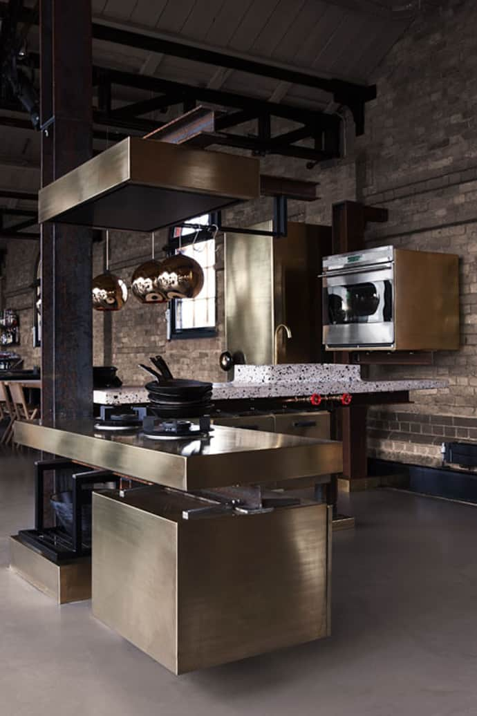 kitchen design industrial a kitchen with industrial look designed by tom dixon 331