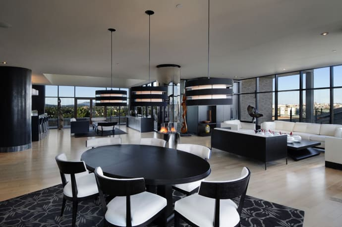 Luxury Penthouse Apartment With 360 Degree Views Over