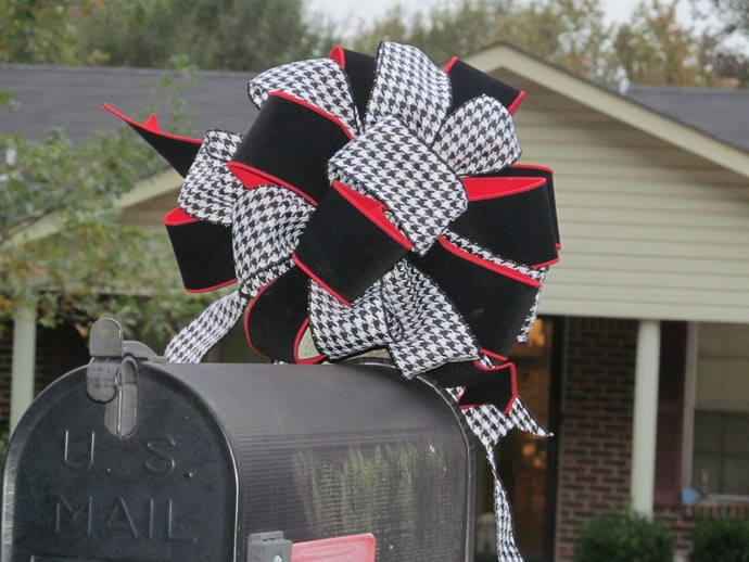 Holiday Mailbox CHRISTMAS-017