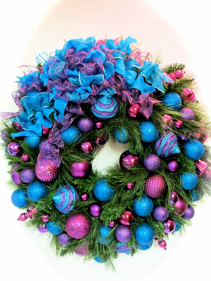 30 vibrant purple christmas decorations for Christmas decoration websites