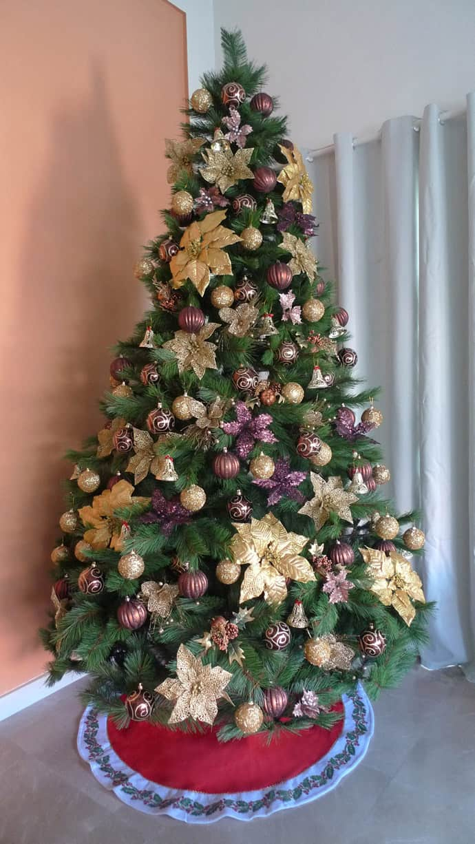 Xmas Decoration Ideas For Living Room: 30 Vibrant Purple Christmas Decorations