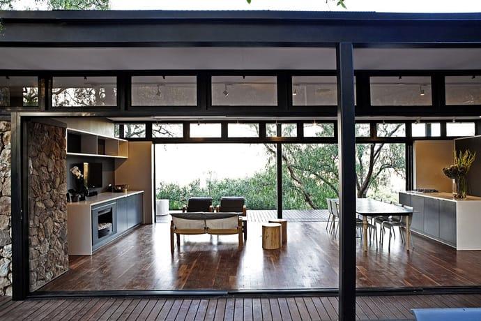 Modern steel framed home in johannesburg south africa for Steel frame home designs