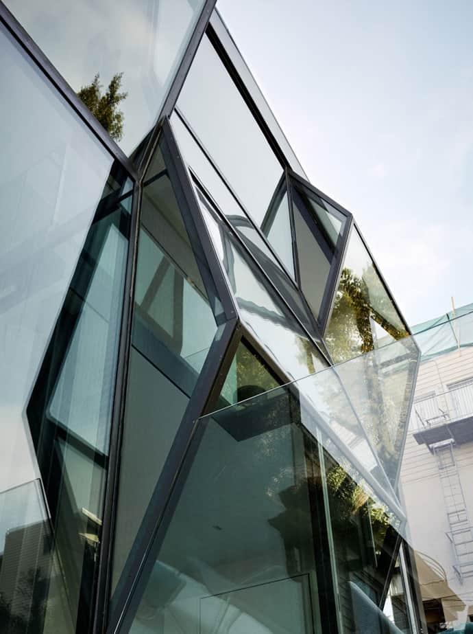 Flip Glass House-designrulz-002