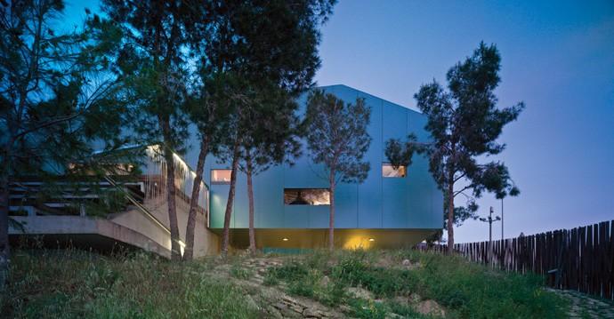 House among Pines-XPIRAL-designrulz-016