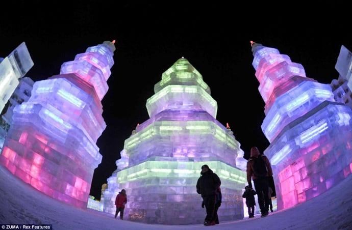 Ice Festival in China designrulz (1)