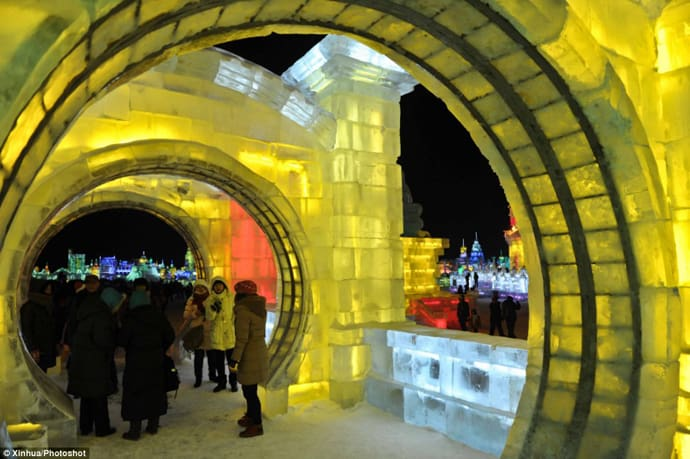 Ice Festival in China designrulz (5)