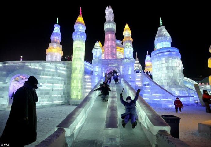 Ice Festival in China designrulz (9)