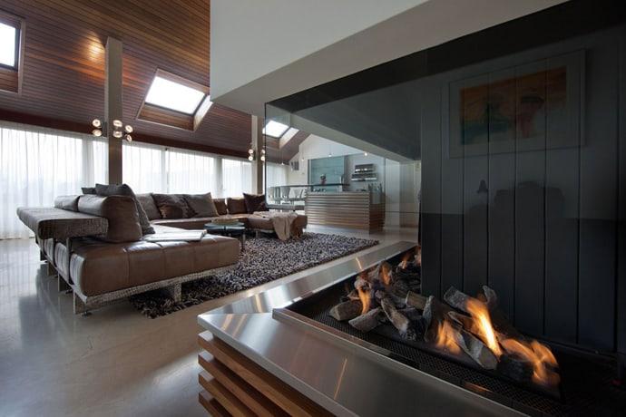 Villa-with-Aquarium-designrulz-007