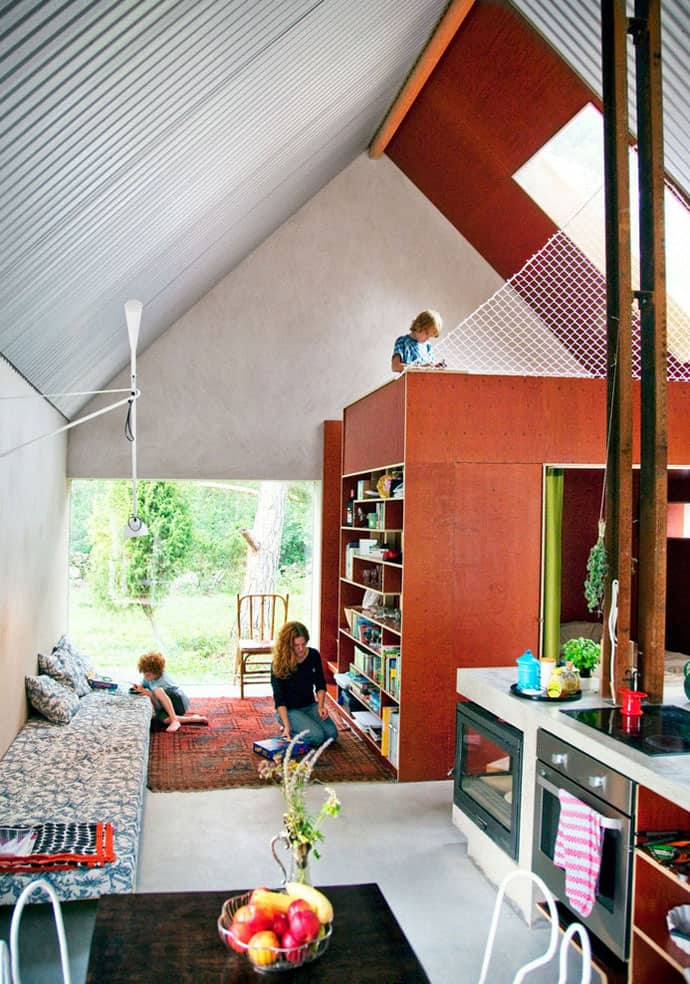 how to build a house on a budget