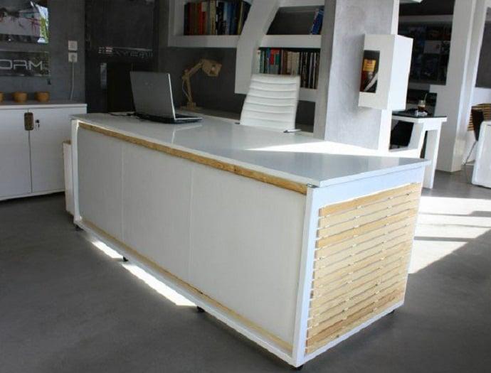 Desk Convertible to Bed by Athanasia Leivaditou designrulz (2)