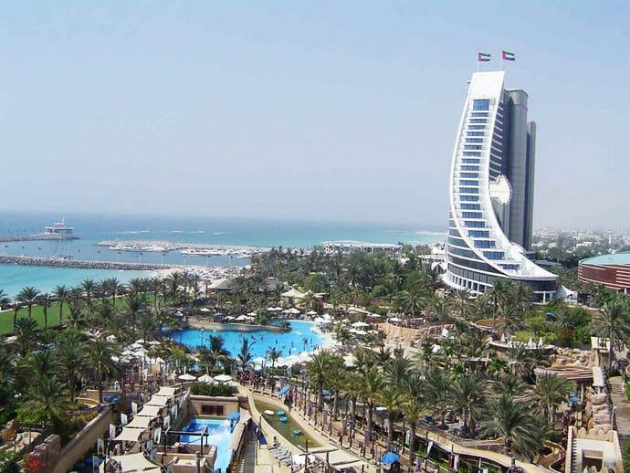 Jumeirah Beach Hotel designrulz (6)