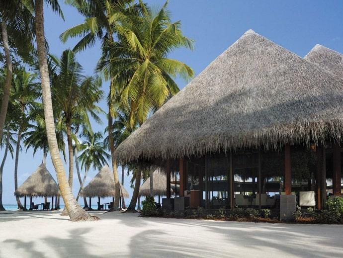 Villingili-Resort-designrulz  (17)