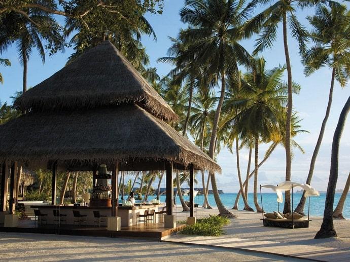 Villingili-Resort-designrulz  (19)