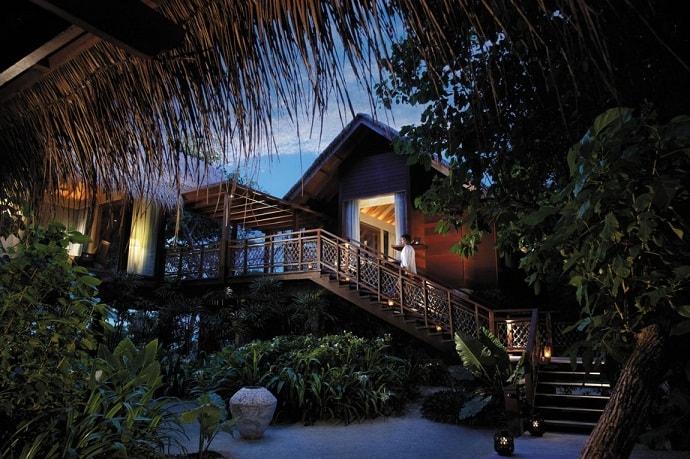 Villingili-Resort-designrulz  (35)