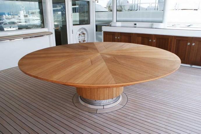 Fletcher Capstan Table designrulz (9)