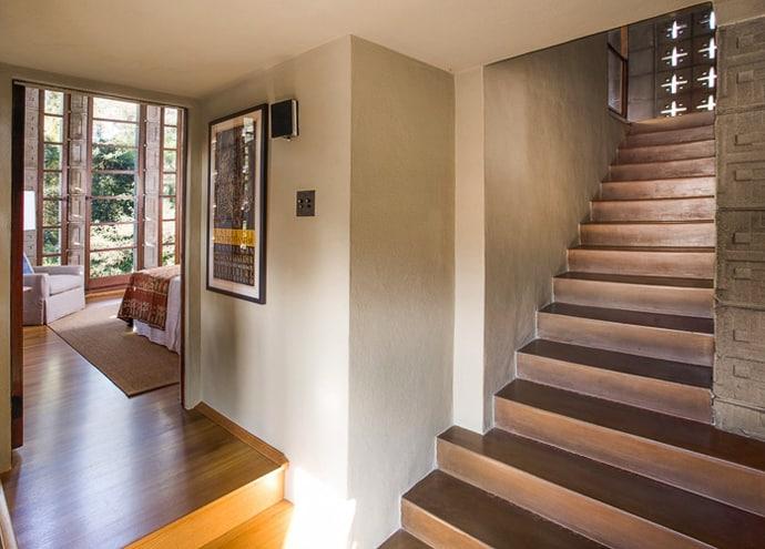 Frank-Lloyd-Wright-House-designrulz (17)