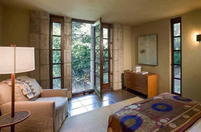 Frank-Lloyd-Wright-House-designrulz (2)
