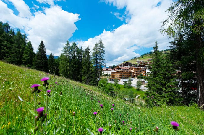 Logacio Mountain Residence-designrulz-001
