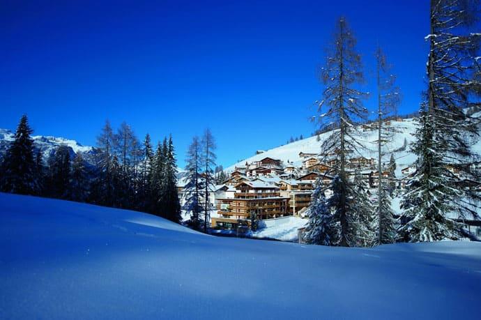 Logacio Mountain Residence-designrulz-002