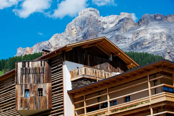 Logacio Mountain Residence-designrulz-005