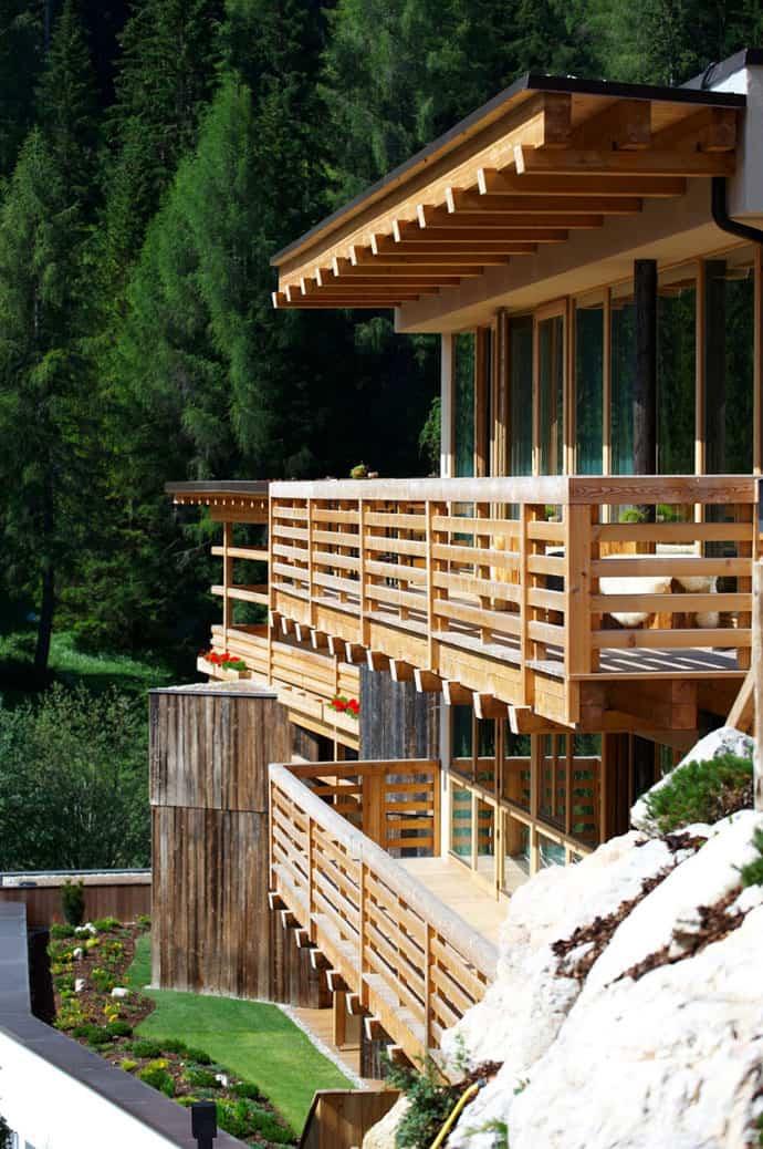 Logacio Mountain Residence-designrulz-008