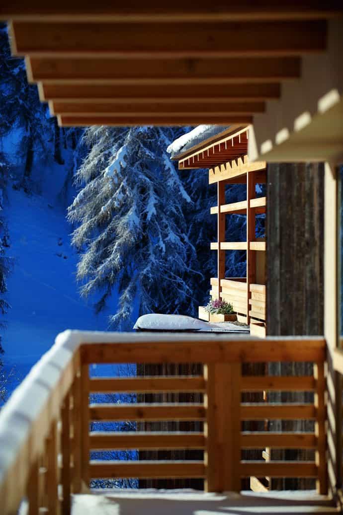 Logacio Mountain Residence-designrulz-010