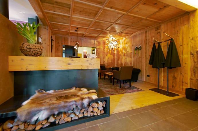 Logacio Mountain Residence-designrulz-017