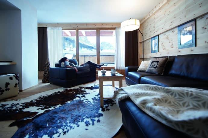 Logacio Mountain Residence-designrulz-042