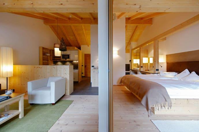 Logacio Mountain Residence-designrulz-046