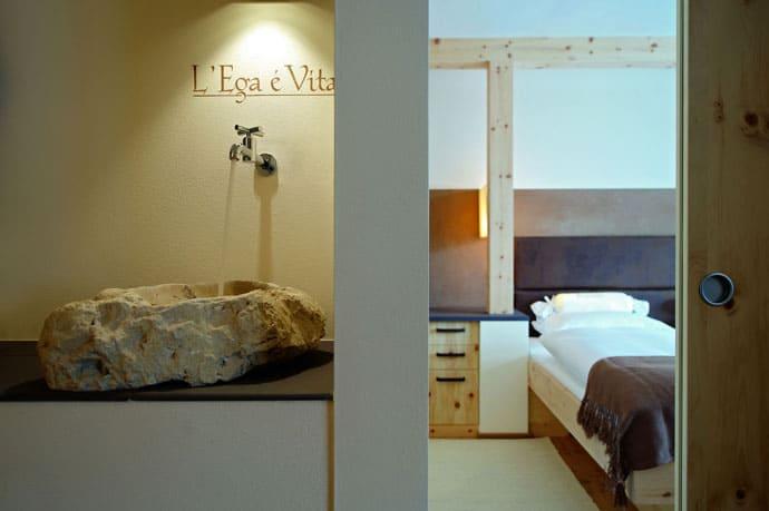 Logacio Mountain Residence-designrulz-053