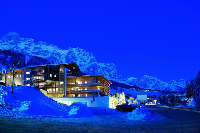 Logacio Mountain Residence-designrulz-058